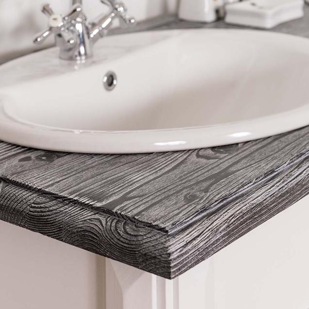 Detail vrchnej dosky skriny do kúpeľne